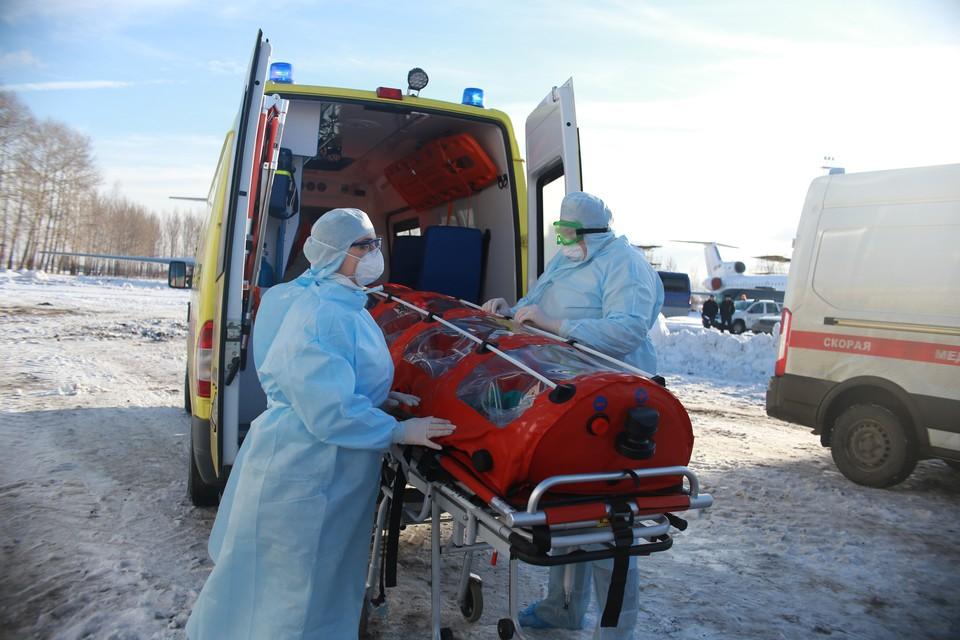 Заболевший прилетел в Кольцово и оттуда — в Миасс