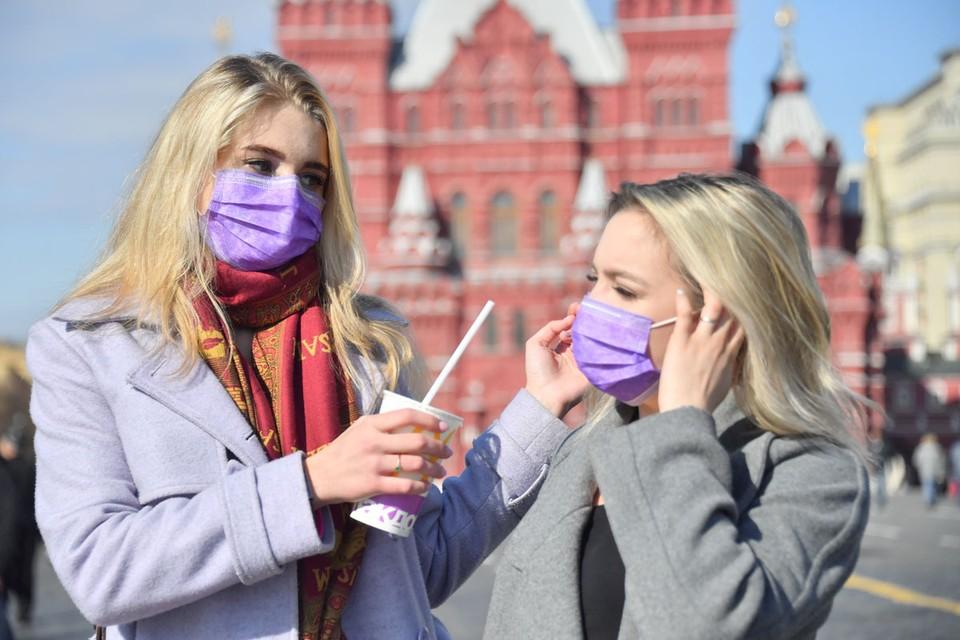 Кашель, высокая температура, сложности с дыханием – эти симптомы считаются классикой коронавируса.