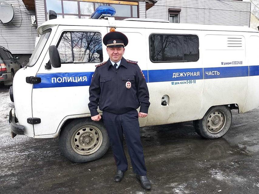 Пробрался в горящую квартиру через окно: полицейский спас мужчину на пожаре. Фото: ГУ МВД России по Иркутской области.