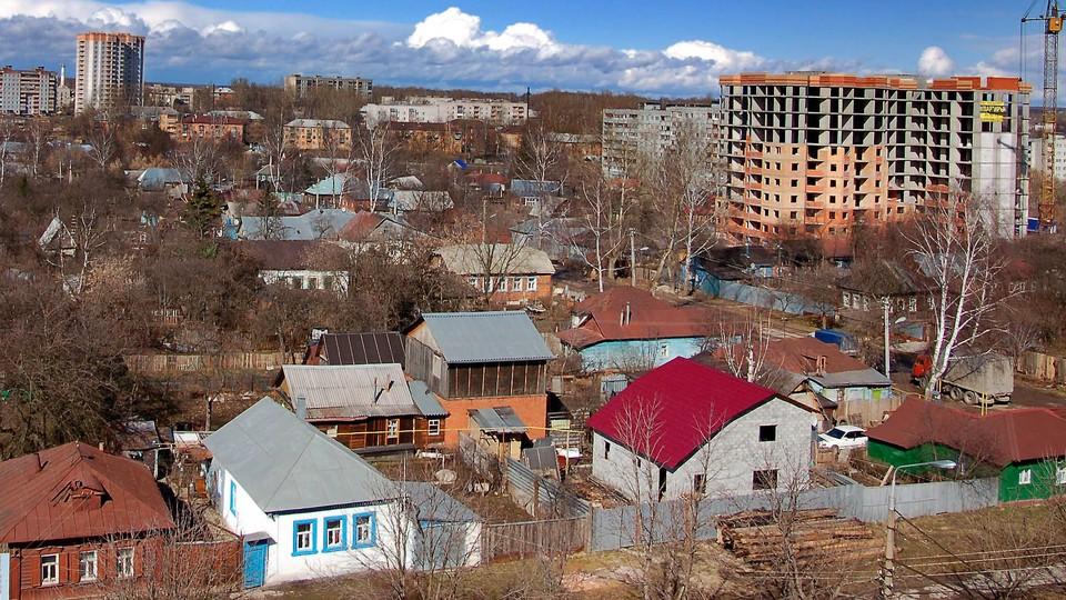 Почти полторы тысячи жителей Тульской области до конца года должны переехать из ветхого жилья