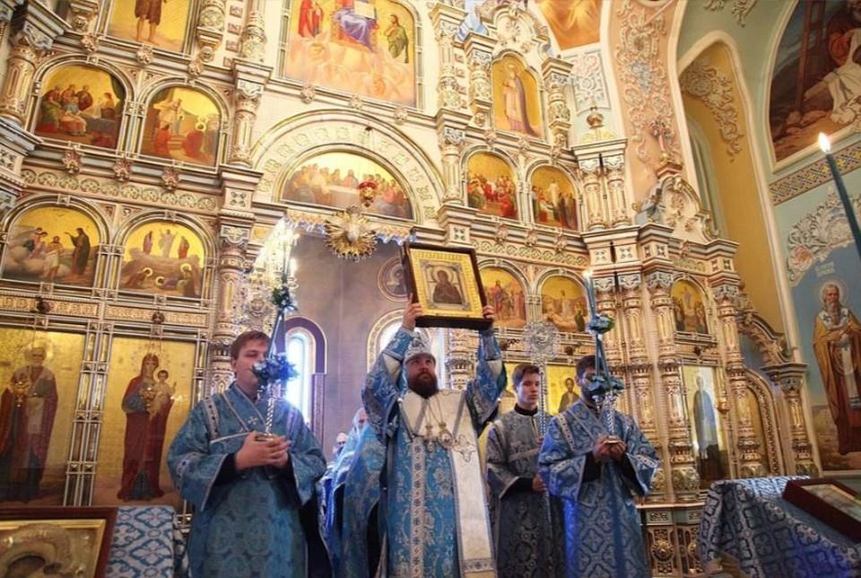 """Пожилых верующих в Челябинске просят воздержаться от посещения служб в храмах. Фото: Архив """"КП""""."""
