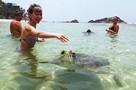 Карантин по коронавирусу на Шри-Ланке: туристы бегают на пляж тайком, а из отеля их гонят