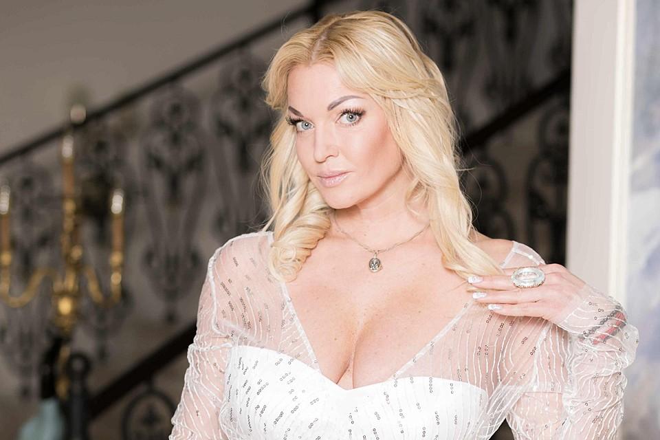 В своих новых мемуарах «Плата за успех» знаменитая блондинка рассказала сплетню о закулисье Большого театра