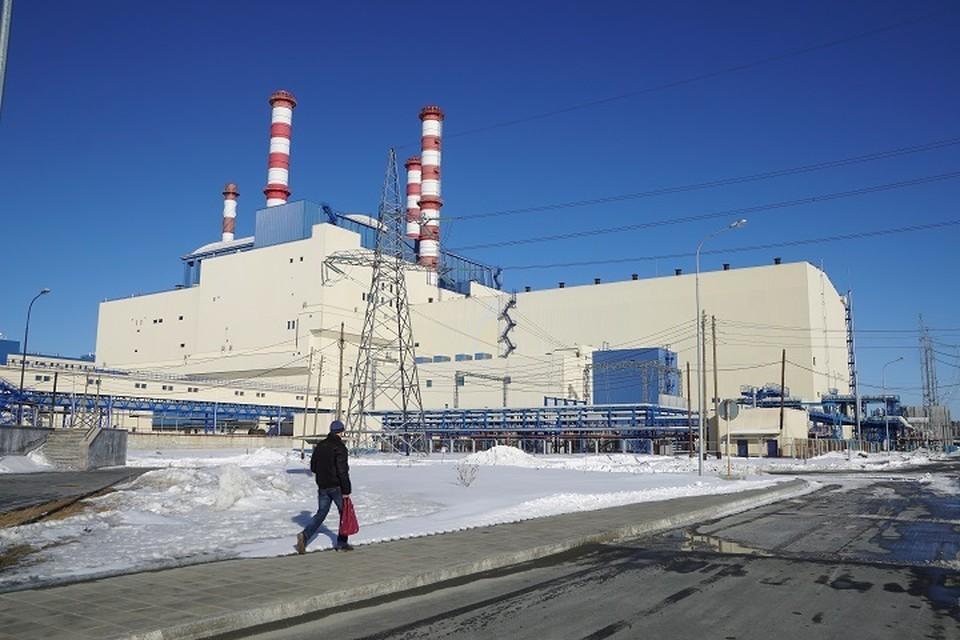 Белоярская АЭС была введена в работу в апреле 1964 года. Её первые энергоблоки с реакторами на тепловых нейтронах АМБ-100 и АМБ-200 были окончательно остановлены в связи с выработкой ресурса.