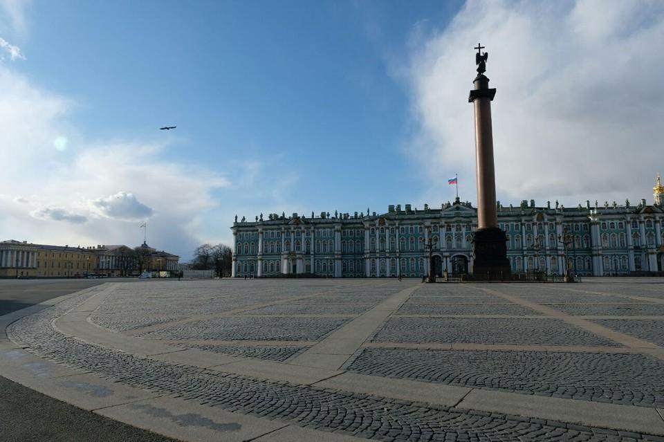 Фотографии пустого Санкт-Петербурга из-за карантина по коронавирусу появились в сети