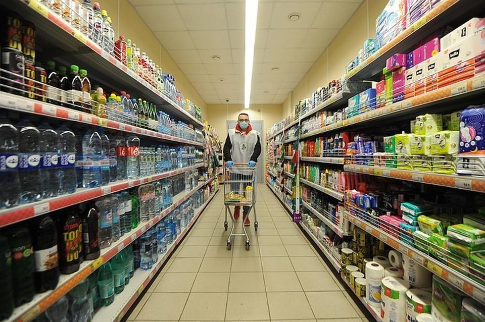 Торговые точки и магазины на территории России не испытывают проблем с поставками продуктов питания, посевная деятельность в государстве тоже идет по плану