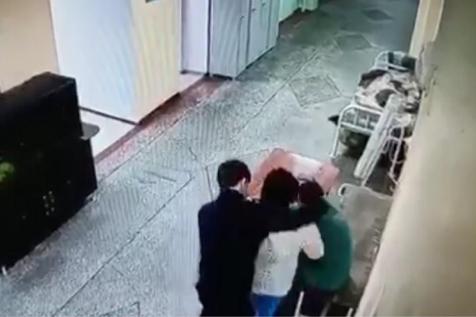 """Побег шести пациентов из иркутской психбольницы: возбуждено уголовное дело. Фото: """"Инцидент Иркутск"""""""