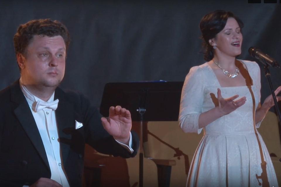 Симфонический оркестр Ленинградской области «Таврический» играет военную классику.