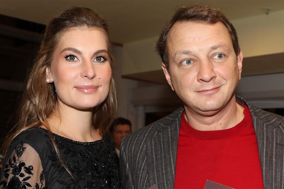 Марат Башаров с супругой Елизаветой, 2017 год.