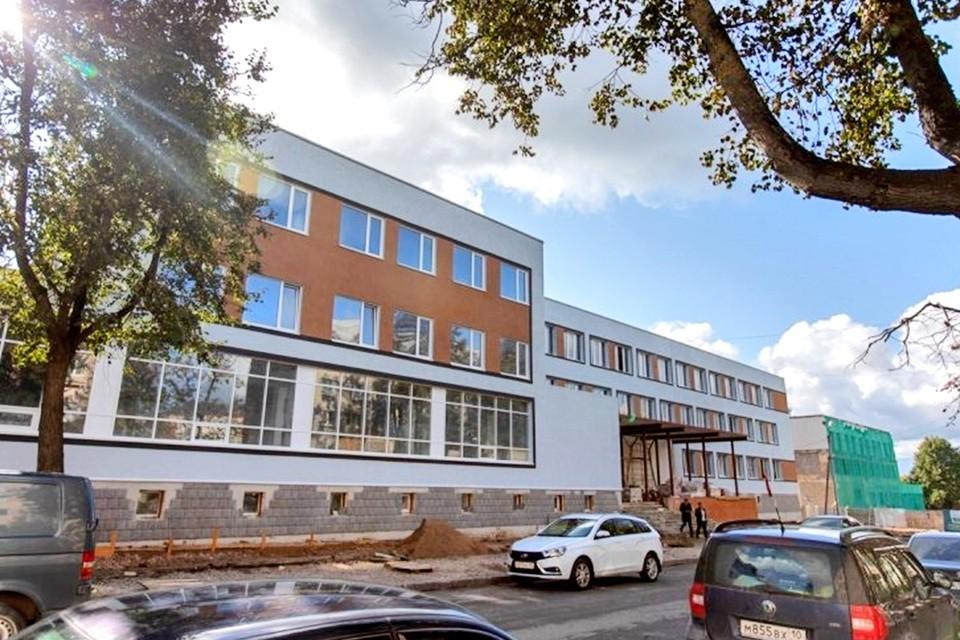 Реконструкция библиотеки началась еще в 2018 году.