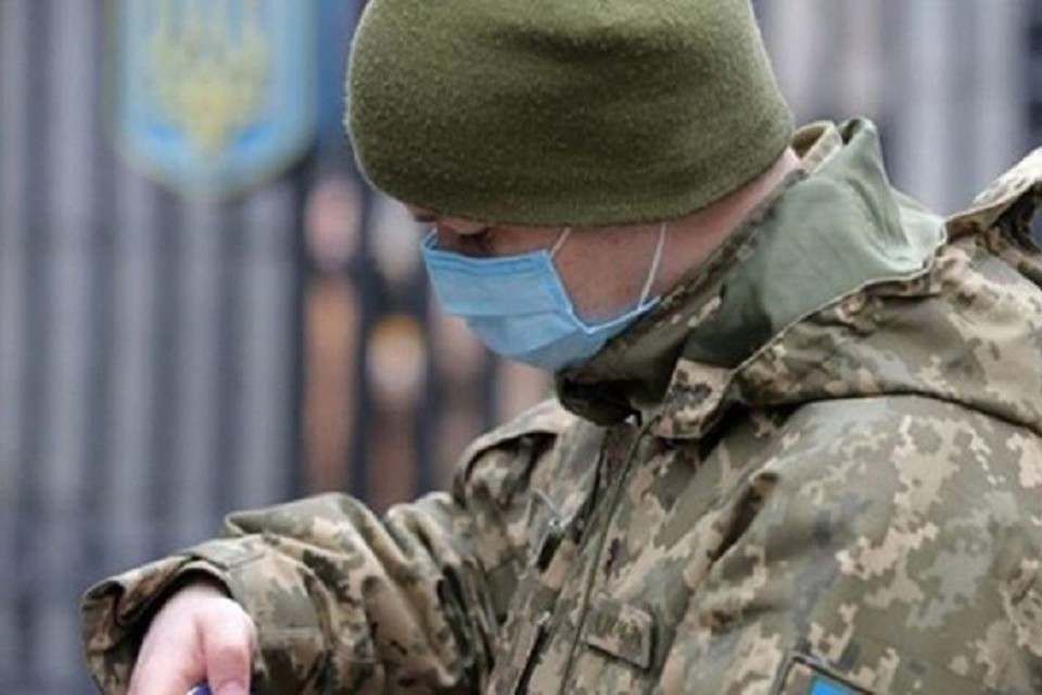 """Ранее Осадчий сообщал, что более 800 военнослужащих ОТГ """"Север"""" находятся на обсервации в медучреждениях с пневмонией и коронавирусом. Фото: pravda.com.ua"""