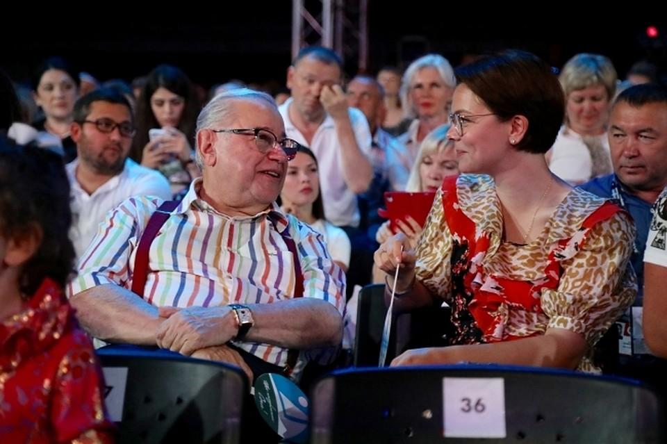 Интернет-пользователи были уверены. что Брухунова покорила Петросяна именно своим кулинарным талантом.