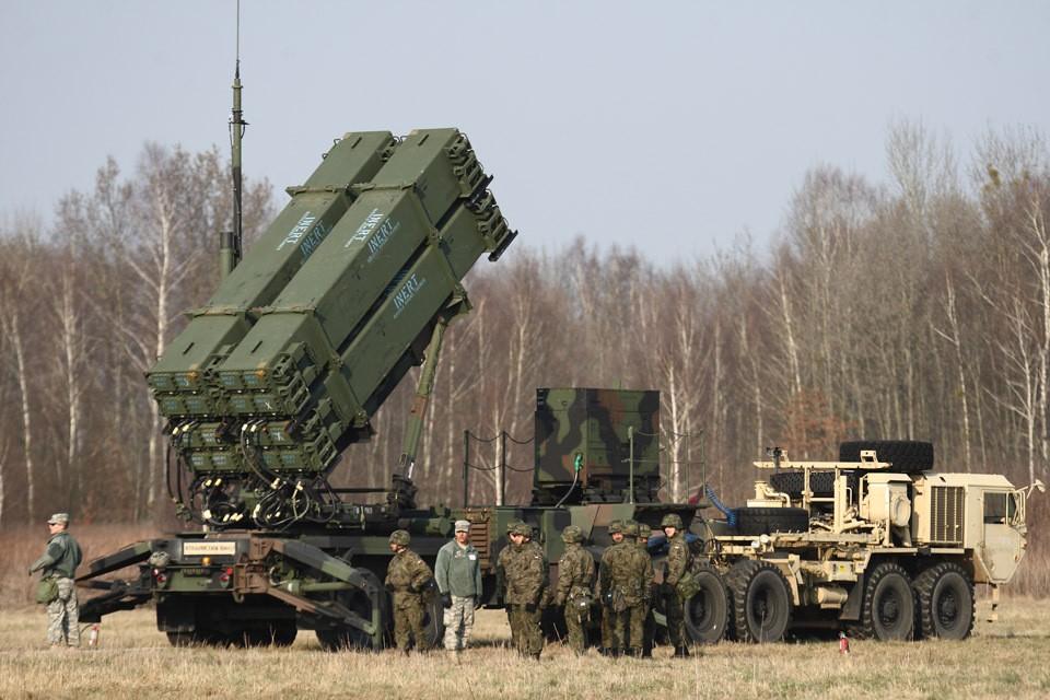 Как нам реагировать на присутствие сил США вблизи от российских границ?