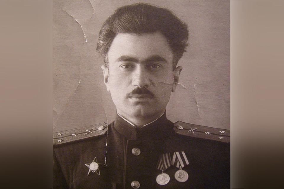 Николай Табатадзе был командиром огневого взвода.