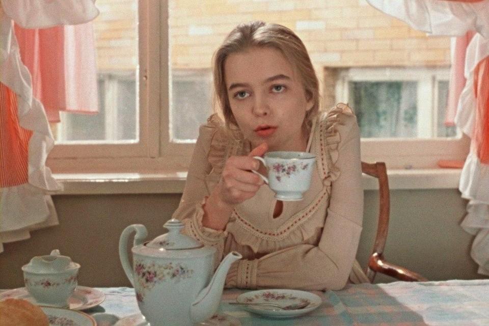 """Фото: кадр из фильма """"Москва слезам не верит"""""""