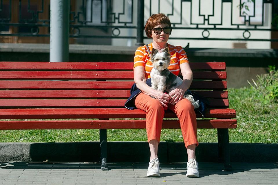 Ежегодная индексация пенсий неработающих пенсионеров проводится 1 января. А индексация накопительных пенсий – с 1 августа