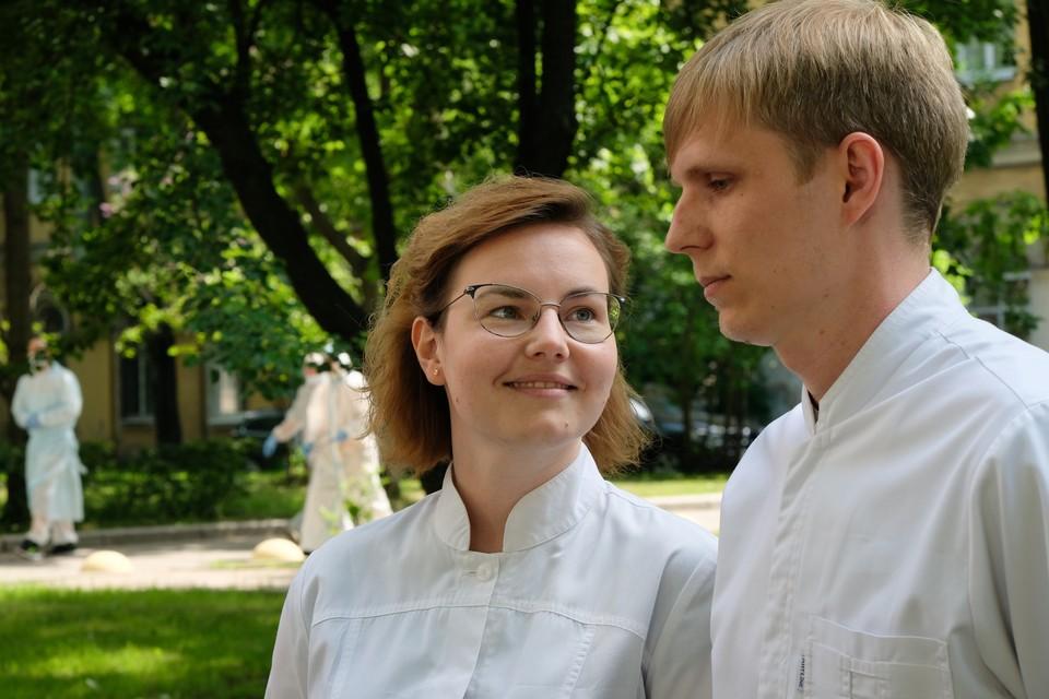 Арина и Алексей любят друг друга с первого курса педиатрического университета