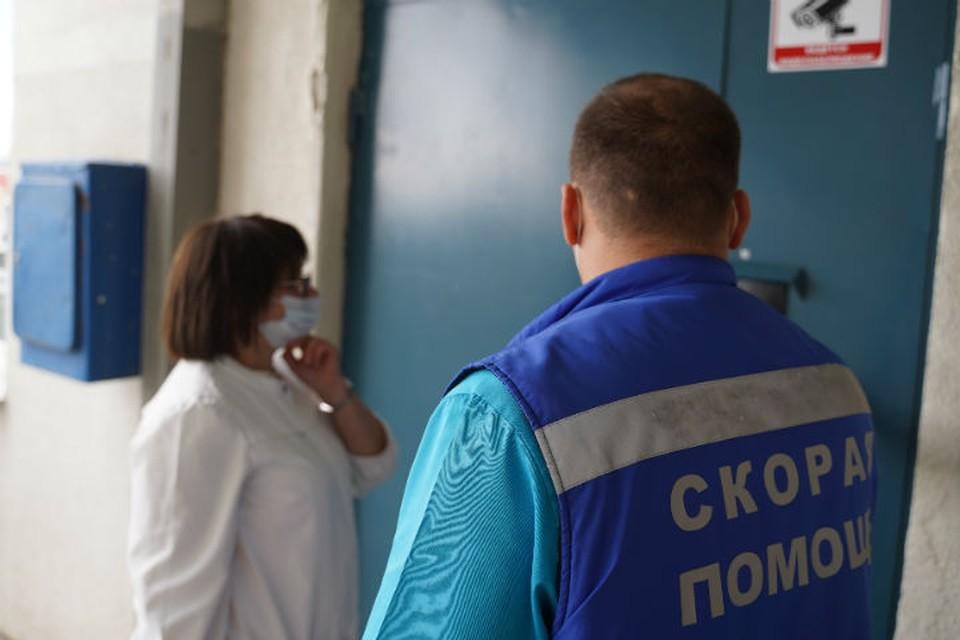 1,5-годовалая девочка выпала из окна второго этажа в Братске