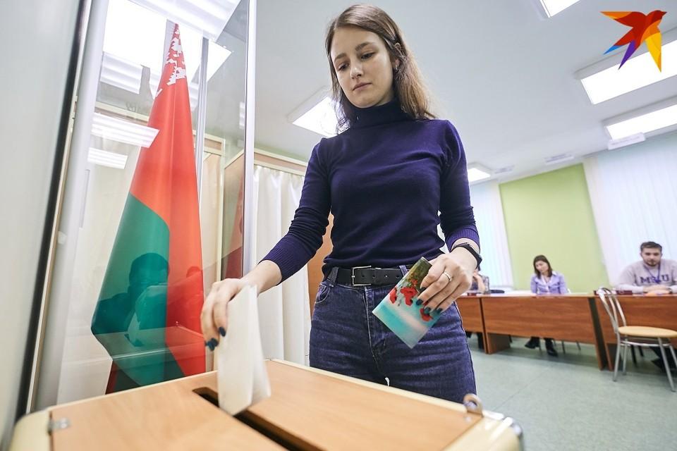В шестых выборах президента Беларуси, назначенных на 9 августа, продолжают участвовать семь человек.