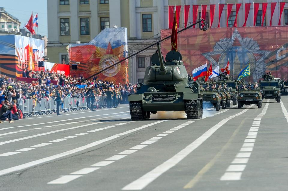Часть улиц в центре Санкт-Петербурга перекроют за сутки до парада Победы 24 июня 2020 года