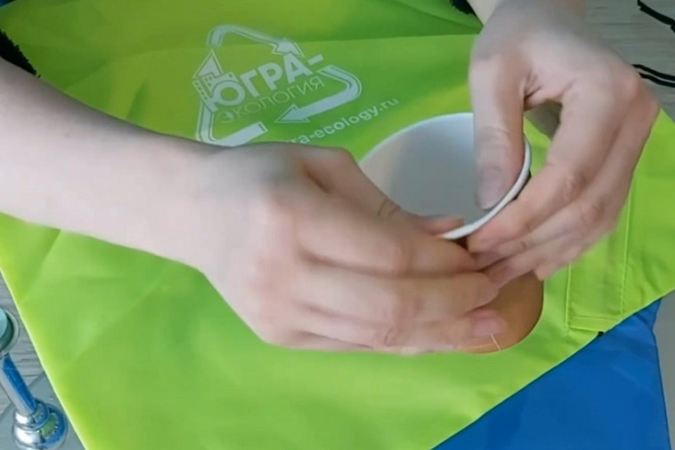 Регоператор пояснил югорчанам, как сделать стаканчик кофе экологичнее. Фото «Югра-Экология».