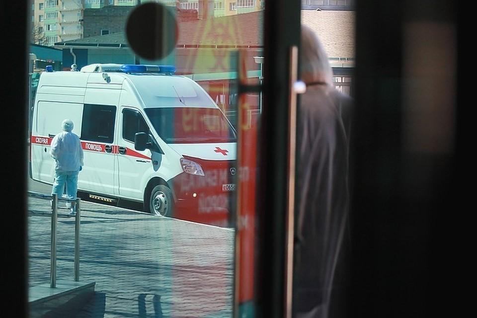 После смерти врача от коронавируса красноярский минздрав уволил руководство Уярской районной больницы