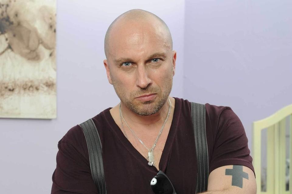 Сохраняя имидж сексуального мачо, Дмитрий Нагиев никогда не говорит о супруге.