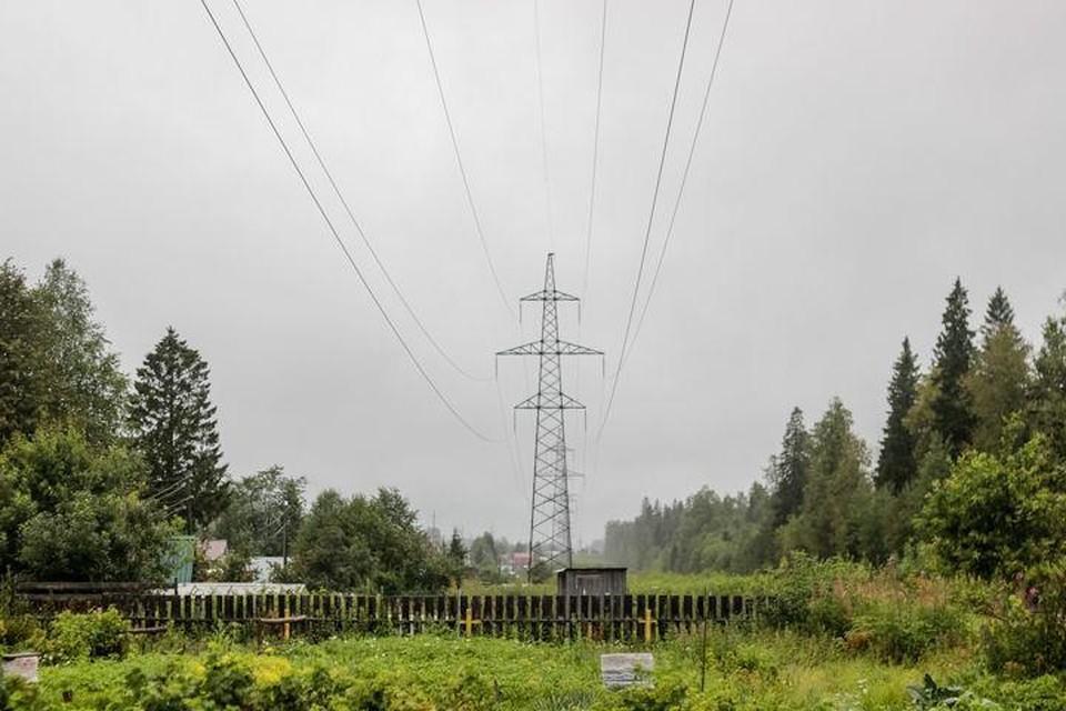Для предупреждения сбоев в электроснабжении потребителей энергетики усиливают меры противопожарной безопасности на территориях подстанций