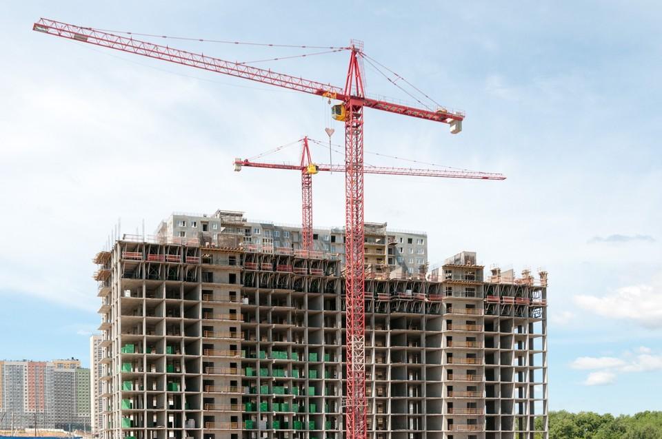 В настоящий момент «Каркас Монолит» строит несколько крупных объектов, в том числе и ЖК «КМ Анкудиновский Парк»