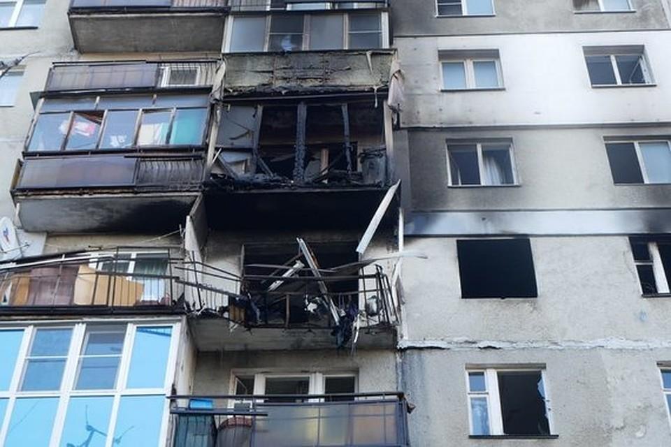 Взрыв повредил квартиры сразу на двух этажах