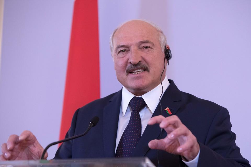 Александр Лукашенко зарегистрирован кандидатом в президенты