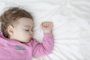 Задай вопрос доктору: почему ребенок плохо спит