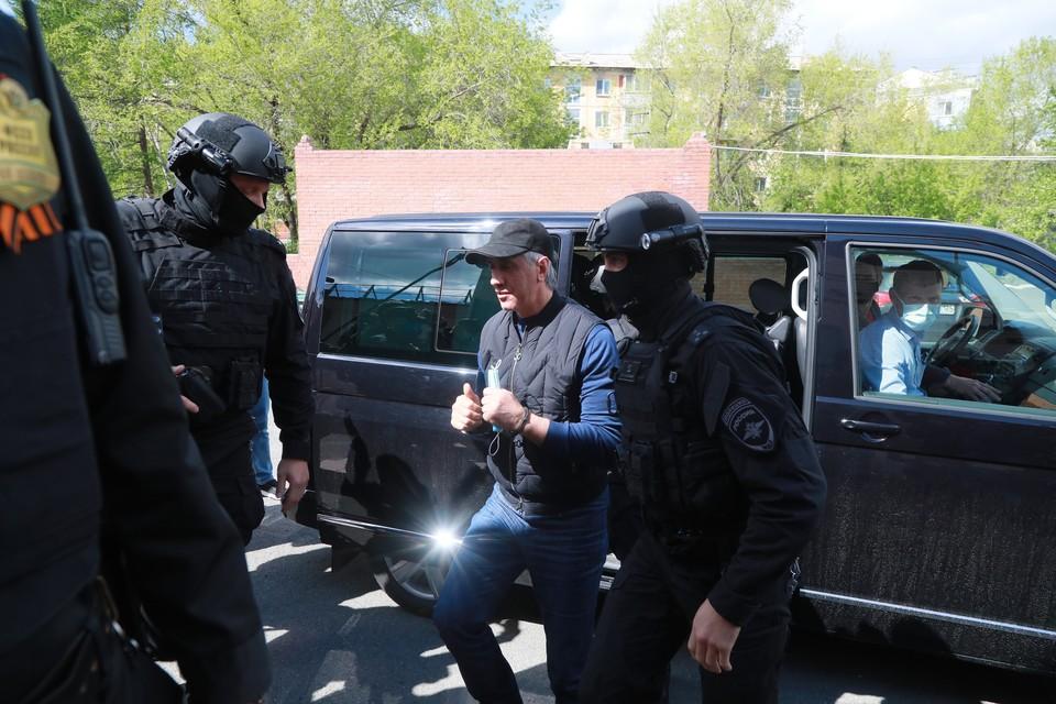 Анатолий Быков прокомментировал дело против себя о руководстве преступным сообществом.