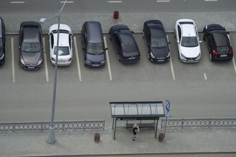 В разгар туристического сезона и закрытых границ арендовать авто на полуострове почти нереально