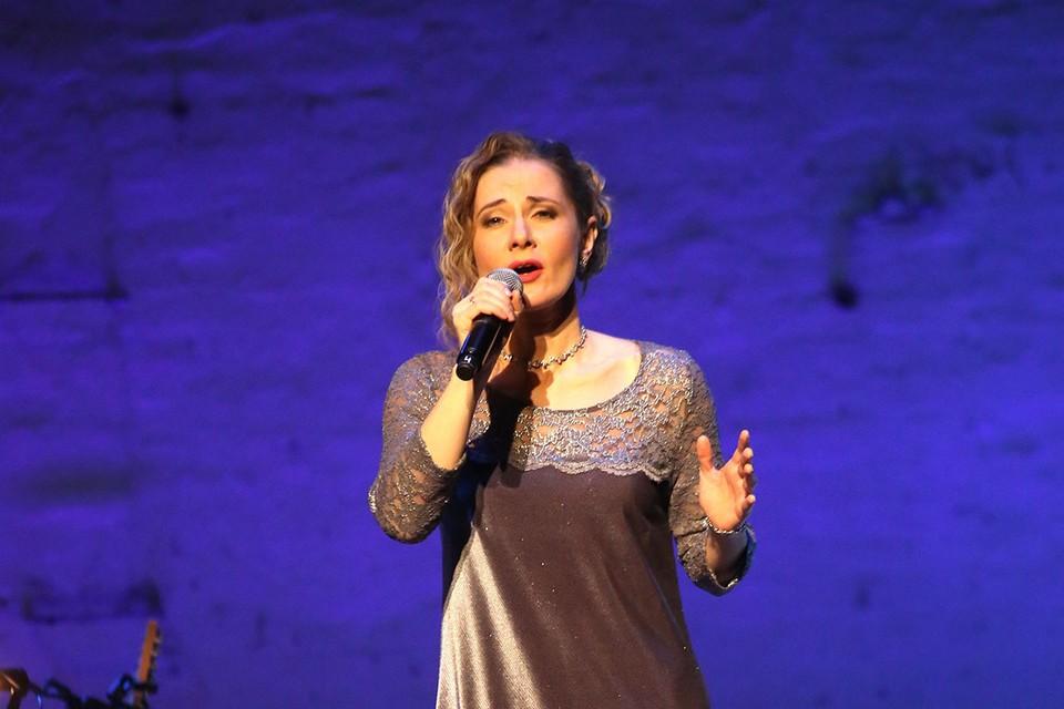 Линдт 20 лет прослужила в театре на Таганке.
