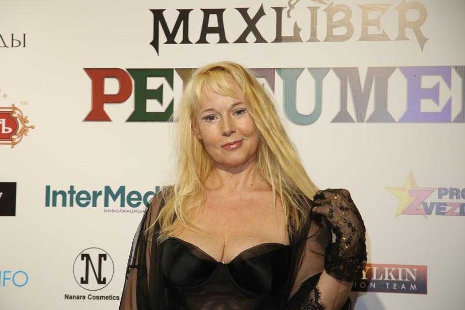Актрису Елену Кондулайнен госпитализировали с подозрением на инсульт