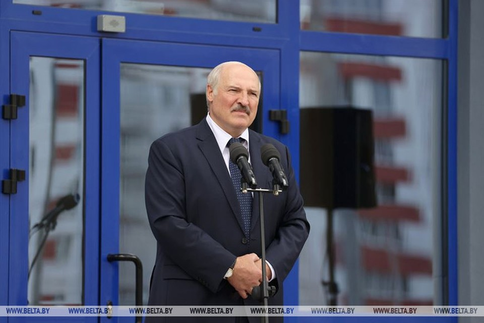 Лукашенко в Гомеле на открытии поликлиники сделал замечание губернатору. Фото: belta.by