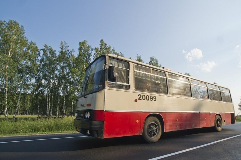 В Екатеринбурге два автобуса меняют маршруты