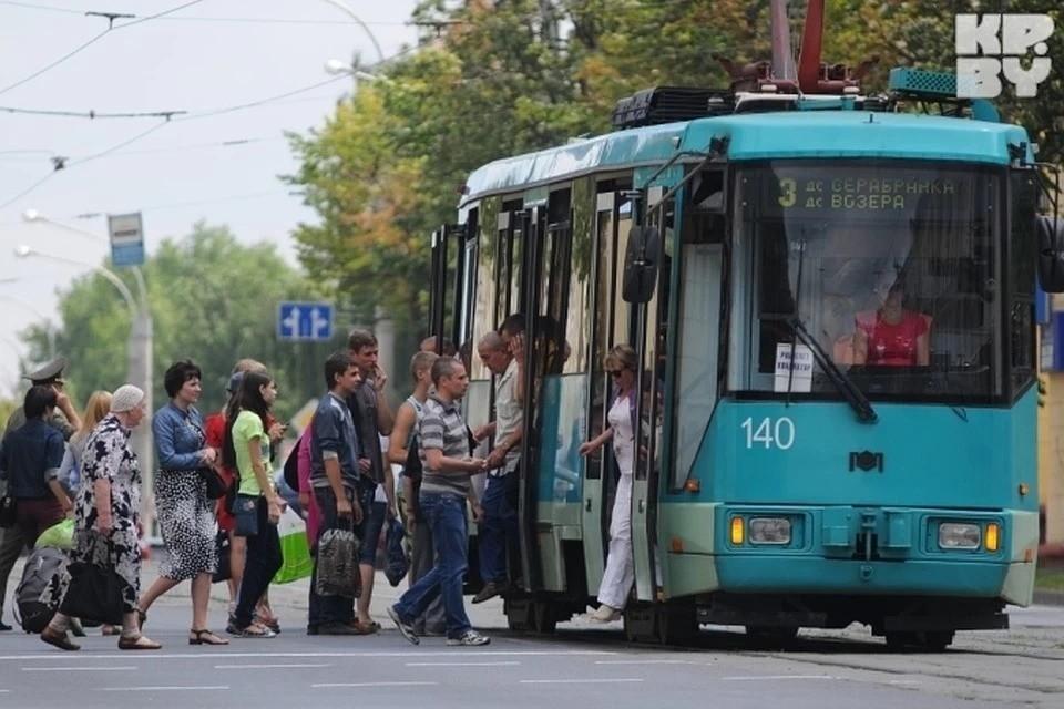 Оплата проезда картой работает в тестовом режиме лишь на одном трамвайном маршруте