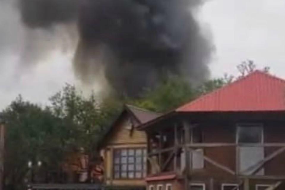 """Пожар потушили к 10 утра. Фото: """"Регион 51"""""""