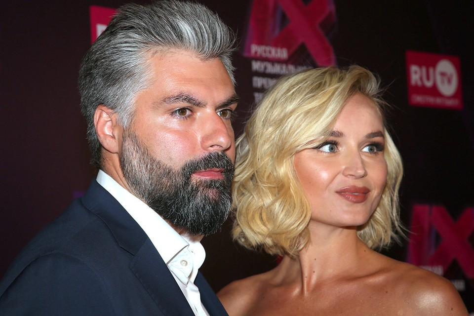 Дмитрий Исхаков и Полина Гагарина в мае 2019 года.