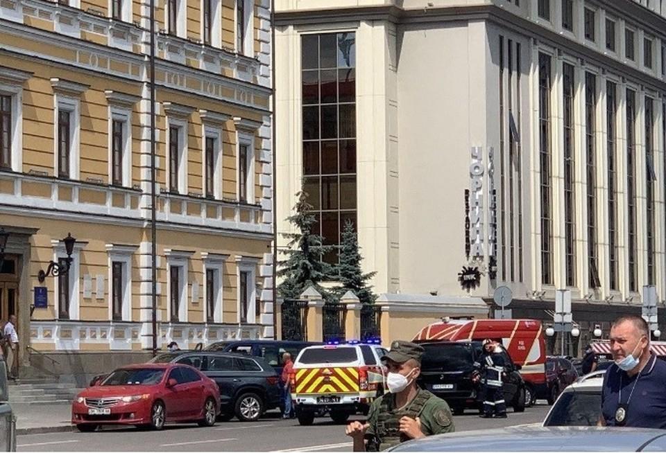 Улицу оцепили Фото: спецслужбы Украины