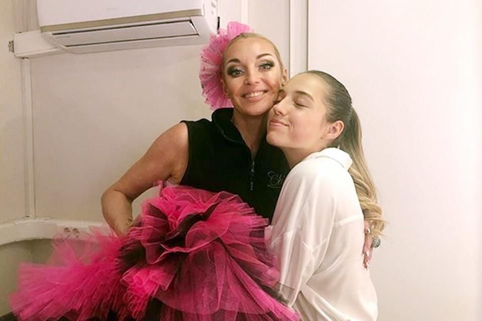 Дочь балерины была вне конкурса зачислена в одну из самых престижных школ Москвы