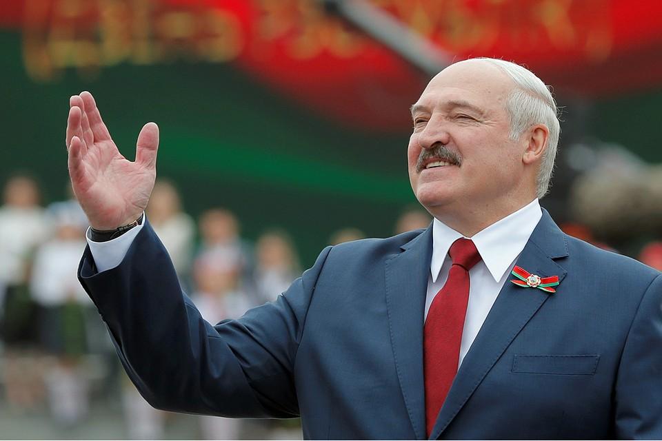 Лукашенко все ставит на доску, предполагая, что он — лучше, чем другие