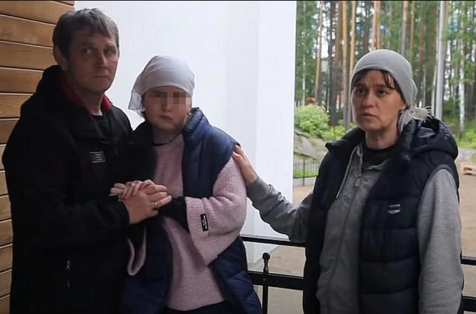 Семья привезла ребенка в монастырь в феврале 2020 года. Фото: скрин с видео