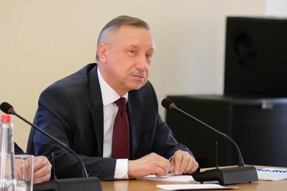 Александр Беглов заработал 3,8 млн рублей за 2019 год.