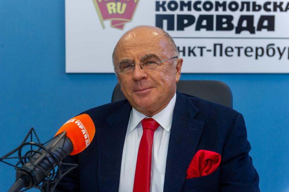 Александр Запесоцкий в студии радио «Комсомольская Правда в Петербурге», 92.0 FM
