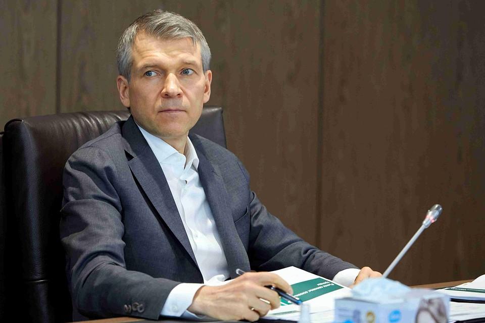 На федеральном уровне имя Бориса Листова впервые громко прозвучало в 2007 году. Тогда 38-летний предприниматель стал сенатором