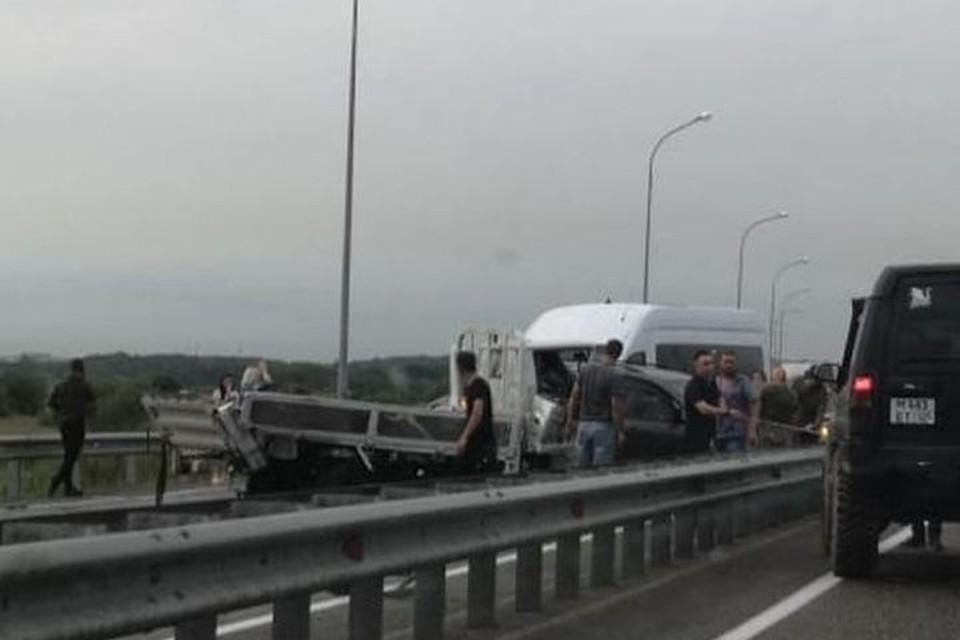 Массовая авария случилась на объездной трассе Владивостока. Фото: dpskontrol125rus