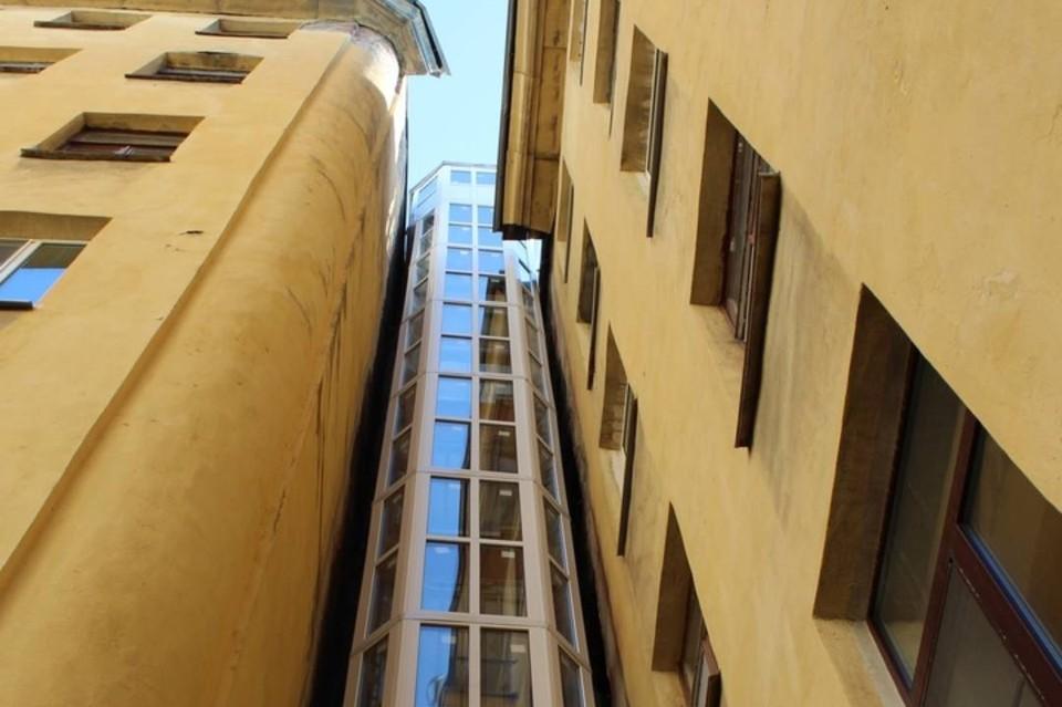 «МЛМ Нева трейд» заменила лифты в домах Куинджи, Толстого и Бонч-Бруевича. Фото предоставлено пресс-службой «МЛМ Нева трейд».